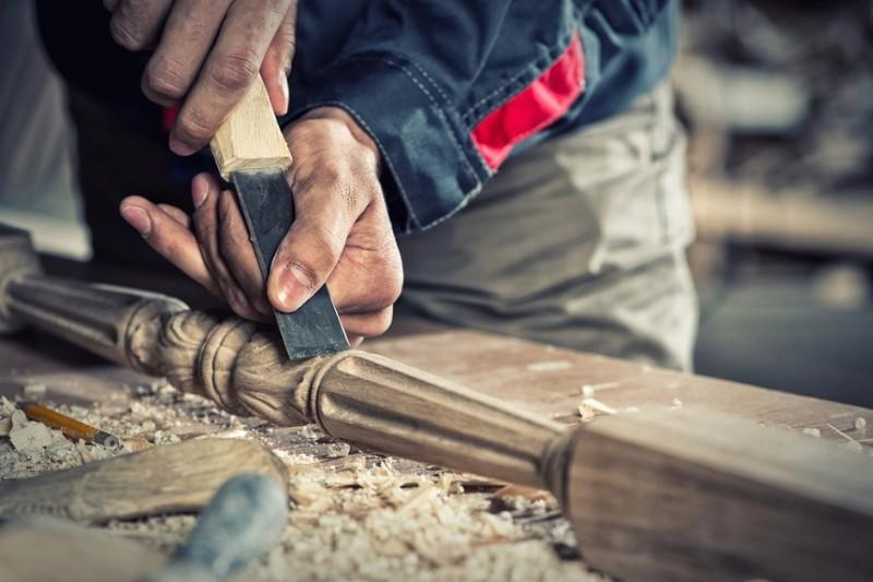 furniture-design-jobs-carpenter