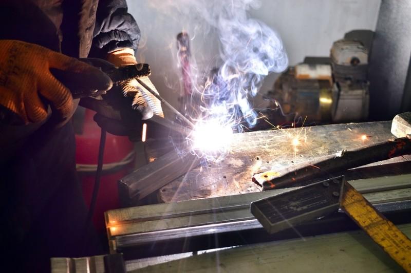 product-design-jobs-welding-door-handle